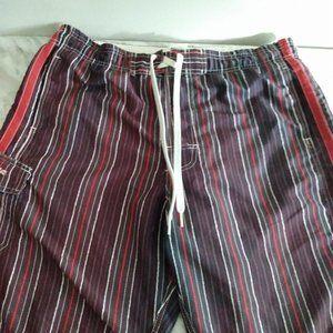 Men's Ripzone shorts, size large.